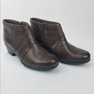 Clarks Brown Leather Malia Hue Ankle Booties 10